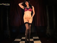 Seductive transsexual Desiree Hart pole dancing