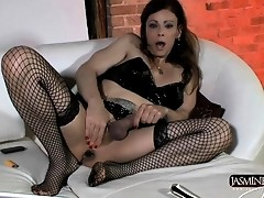 TS queen Jasmine Jewels toying and jerking off
