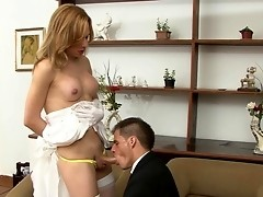 Fiery tranny bride gets blowjob from her hubby eager to drill his asshole