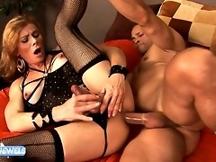 Horny TMILF Jasmine Jewels gets fucked by the boss